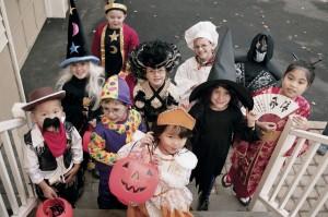 Children Trick-or-treating - Homemade Costume Blog Parade - Alldonemonkey.com