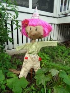 Crafty Birds - Scarecrow Roundup on Alldonemonkey.com