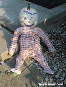 Sugarsnips - Scarecrow Roundup on Alldonemonkey.com